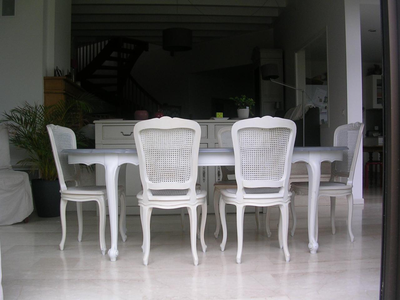 Finition peinte sur salle à manger style Régence
