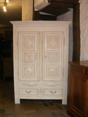Armoire ancienne rustique peinte - Prix meubles anciens ...