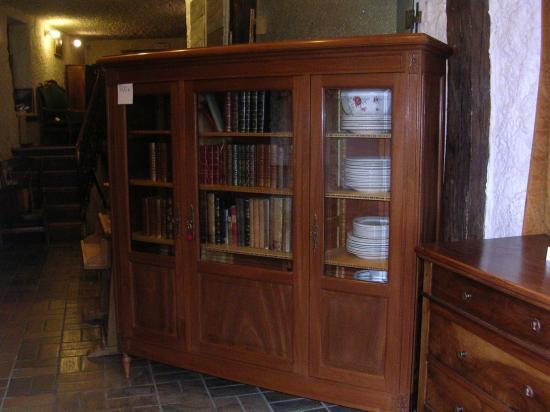 Bibliothèque 3 portes