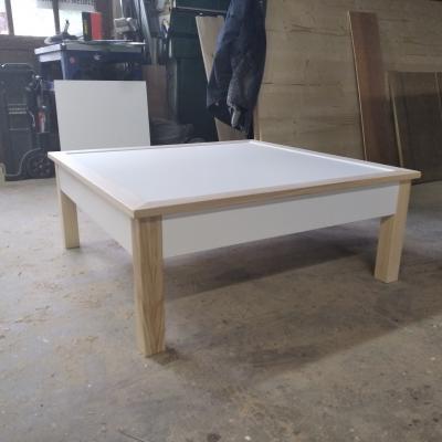 Table basse réalisée sur mesure
